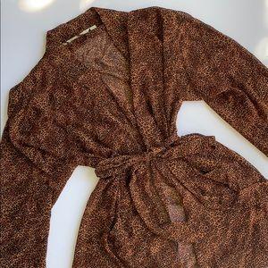 VS Vintage Animal Print Short Robe OS